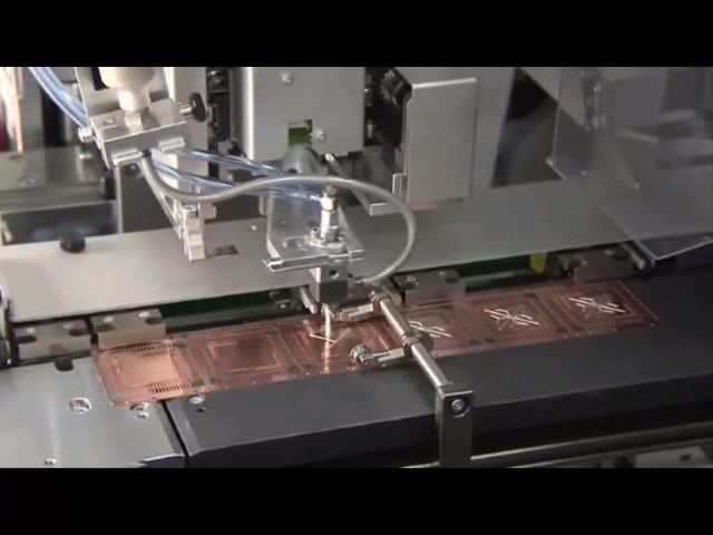 Micro dispensing valve
